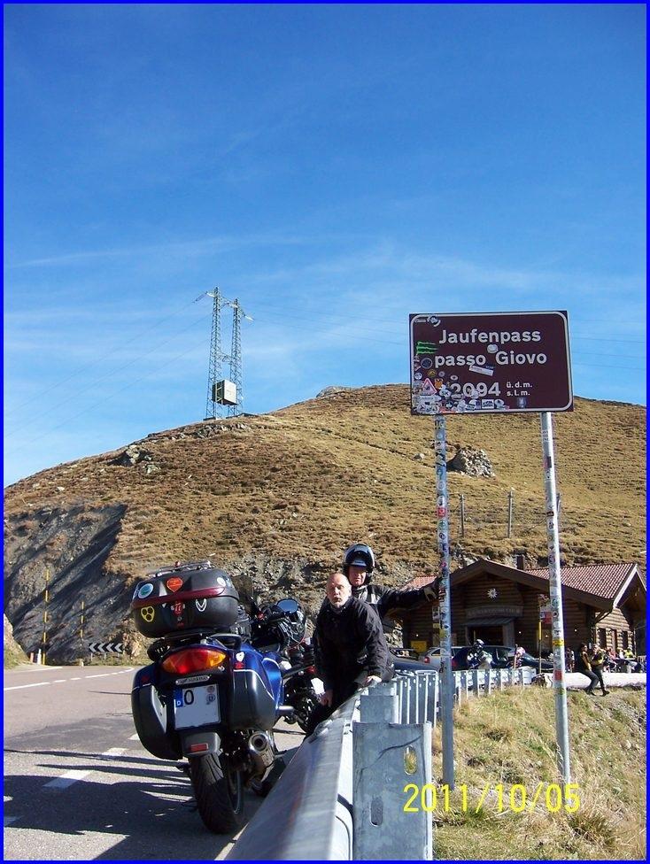 am Jaufenpass knapp ueber 2000 m