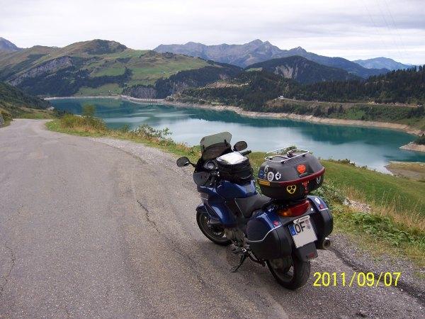 am Lac de Roselend